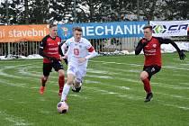Zimní fotbalová Tipsport liga: FC Hradec Králové - FC MAS Táborsko. U míče Marek Kejř.