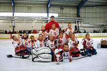 Mužstvo Královských lvů ročníku 2005 skončilo na víkendovém turnaji O putovní pohár Jaroslava Janečka na třetím místě. To jim přisoudilo až vítězství 8:6 nad rivalem z Pardubic.