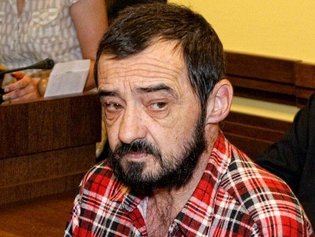 Petr Horák u Krajského soudu v Hradci Králové.