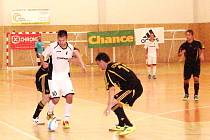 Chance futsal liga: Mados MT Hradec Králové - Nejzbach Vysoké Mýto.