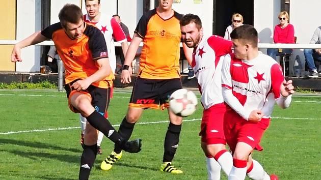 Okresní přebor fotbalistů: TJ Sokol Třebeš B - FC Slavia Hradec Králové B.