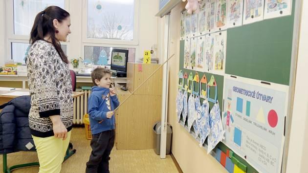 Zápis dětí do prvních tříd v královéhradecké ZŠ Štefánikova.