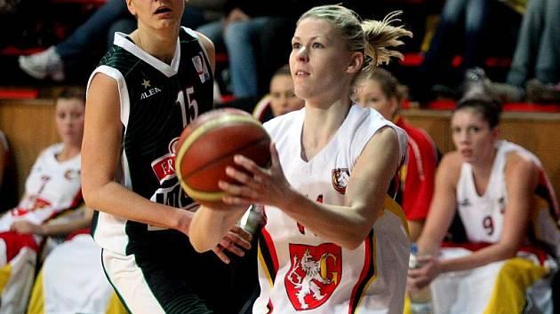 14. kolo ženské basketbalové ligy: Hradecké Lvice x Frisco Sika Brno.