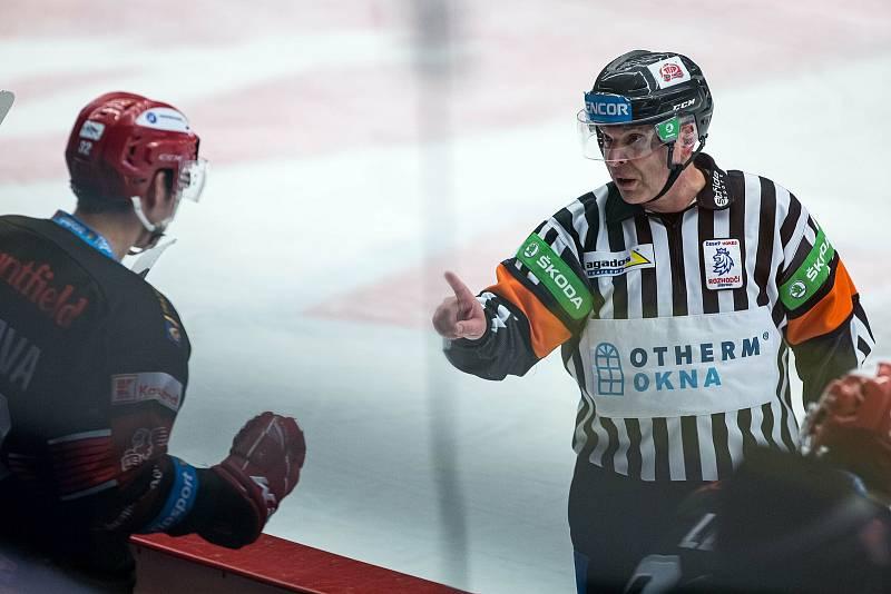 Hokejová extraliga: Mountfield HK - PSG Berani Zlín.