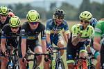 Závody se již delší čas nejen cyklistů královéhradecké stáje Elkov Kasper netýkají. Cyklisté si ještě minimálně měsíc musejí vystačit pouze s individuálním či skupinovým tréninkem.