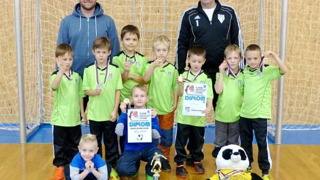 Vítěz turnaje – celek FK Vysoká nad Labem.