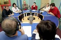Předvolební debata lídrů šesti politických stran se konala 11.října v Hradeckém rozhlasu.