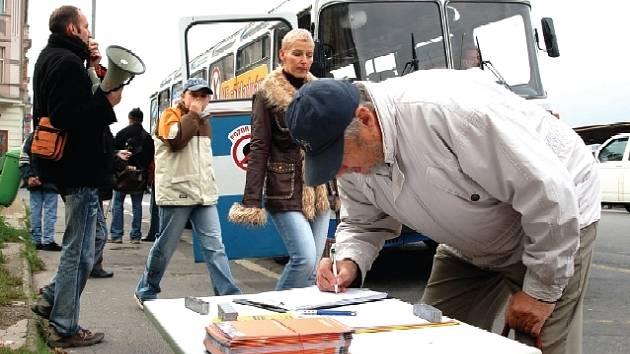 Zastávka autobusu v Karlových Varech