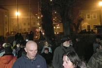 V Mnichově rozsvítili vánoční stromeček