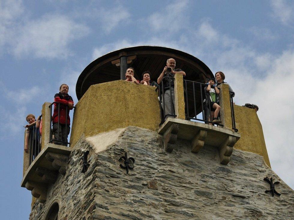 Bismarckova rozhledna patří k nejnavštěvovanějším památkám v Chebu. Pravidelně se tu konají různé akce, jako například Turistický den.