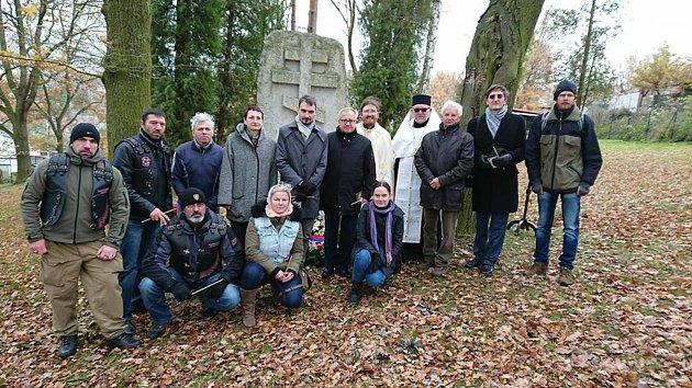 Na zajateckém hřbitově v Podhradu si připomněli konec I. světové války.