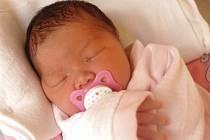 THUY LINH NGUYEN se narodila v sobotu 3. ledna v 9.16 hodin. Při narození vážila 2 950 gramů a měřila 47 centimetrů. Doma v Chebu se z malé dcerušky těší maminka Thuy a tatínek Long.