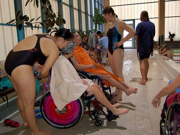 Plavecké závody Kynžvart cup v chebském bazénu