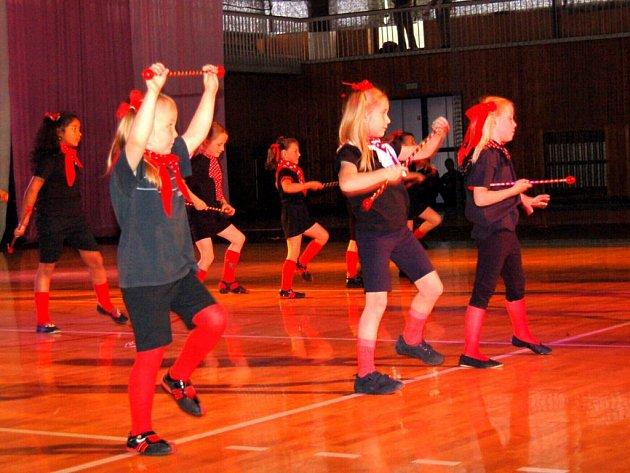 Chebské diskomažoretky  ze Sportovního klubu Phoenix, os.s, Tanečního studia Magic Dance