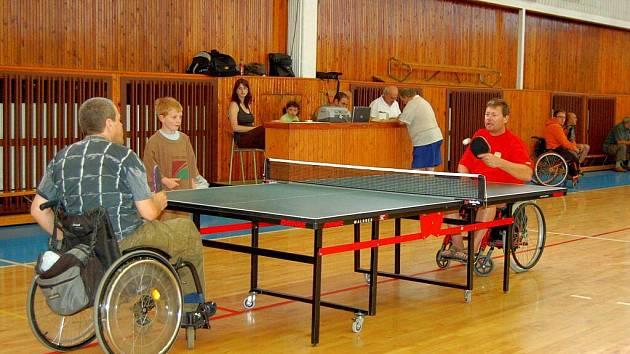 Turnaj vozíčkářů ve stolním tenise v Chebu – Cheb open