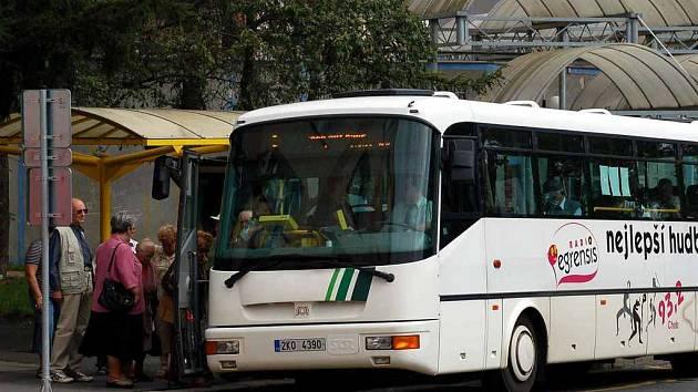 Městskou hromadnou dopravu v Chebu čekají na konci roku 2007 velké změny