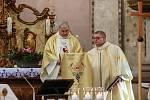 Požehnali opravenému kostelu sv. Jana Křtitele.