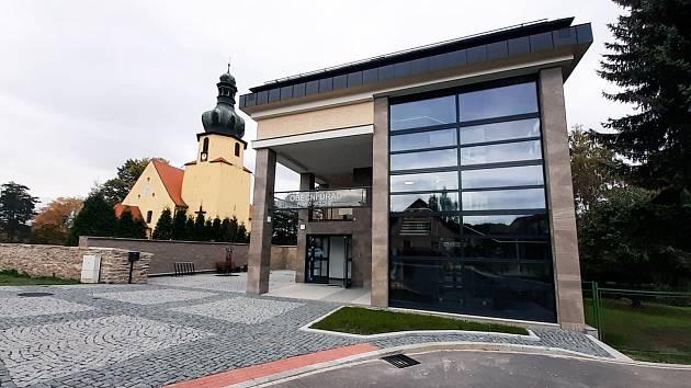 Pomezí nad Ohří se pyšní novým obecním úřadem, který bude také sloužit i jako multifunkční středisko.