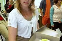 S dortem nám zapózovala Kamila Hůttová.