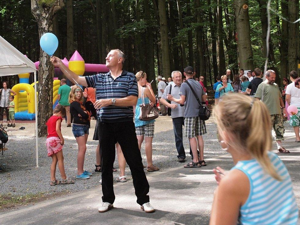 1. července 1995. To je datum prvních Hraničních slavností. Od té doby si akce získává stále více příznivců a letos se lidé mohli zúčastnit jejich jubilejního 20. ročníku.