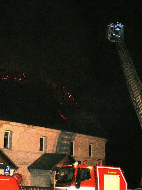 Požár rodinného domu v Horní Vsi u Františkových Lázní