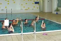 ÚSPORNÁ OPATŘENÍ se dotkla také mariánskolázeňského plaveckého bazénu.