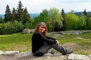 Helena Voldánová, profesionální genealožka a členka výboru České genealogické a heraldické společnosti vPraze.