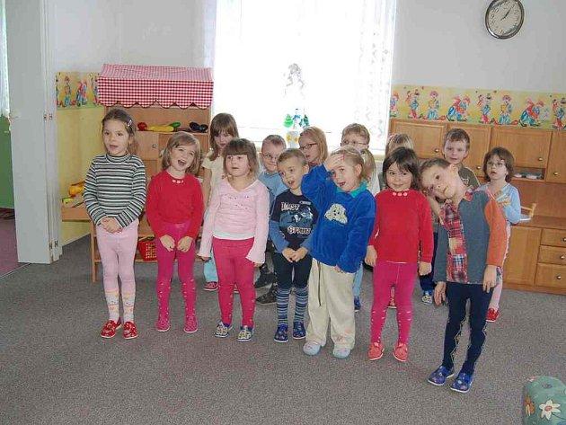 Chebský oční stacionář, který navštěvují i tyto děti, bude možná zaštiťovat další fungování denního stacionáře pro mentálně postižené děti a děti s kombinovanými vadami Mája v Chebu.