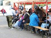 Kapela Quo vadis zahrála o víkendu všem obyvatelům obce Pomezí nad Ohří.