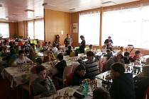 V CHEBU se uskutečnil krajský turnaj mládeže, jeden ze série oficiálního programu této sezony. Klání se v prostorách  jídelny 4. ZŠ v Chebu utkalo šestačtyřicet dětí z Karlovarského a Plzeňského kraje