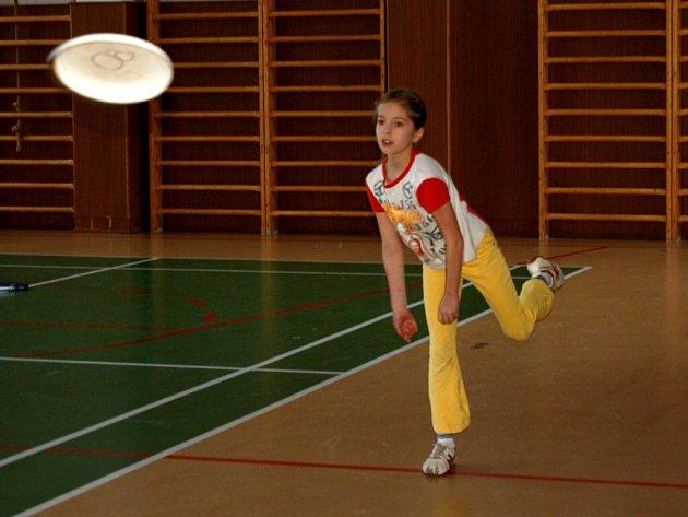 Tělomrsk v tělocvičně třetí základní školy v Chebu