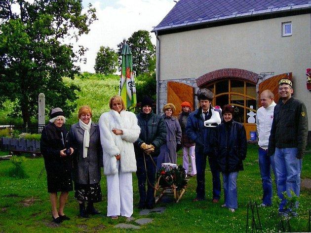 Recesisté z Pramenů oslavili v létě Štědrý den