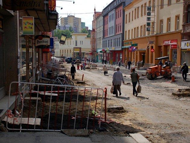Rekonstruovaná část pěší zóny v Chebu