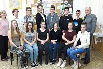 DO NIŽNÍHO TAGILU se už brzo podívá skupina žáků Integrované střední školy vChebu pod vedením pedagogů Vladimíra Golláně a Světlany Borisové.