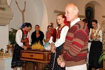 Slavnostní vernisáží Národopisné výstavy věnované Slovensku začal v Mariánských Lázních další ročník folklorního festivalu Mariánský podzim