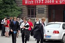Chebští gymnazisté se účastní prestižní soutěže Turnaj mladých fyziků v Číně.