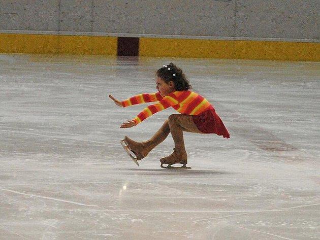 Na chebském zimním stadionu se uskutečnila krasobruslařská soutěž Chebský Špalíček