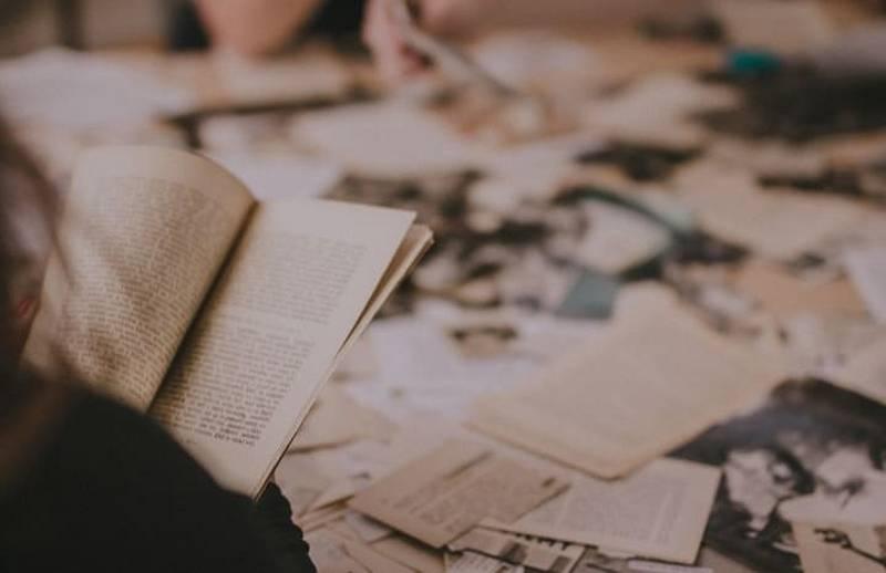 Milujete vůni knih a chcete na chvilku poodstoupit z rychlé doby a věčného spěchu? Nenechte si ujít 2. ročník Knižních lázní, protože kromě kvalitních knih se setkáte se samotnými nakladateli, prožijete autorská čtení, živé diskuse i koncerty.