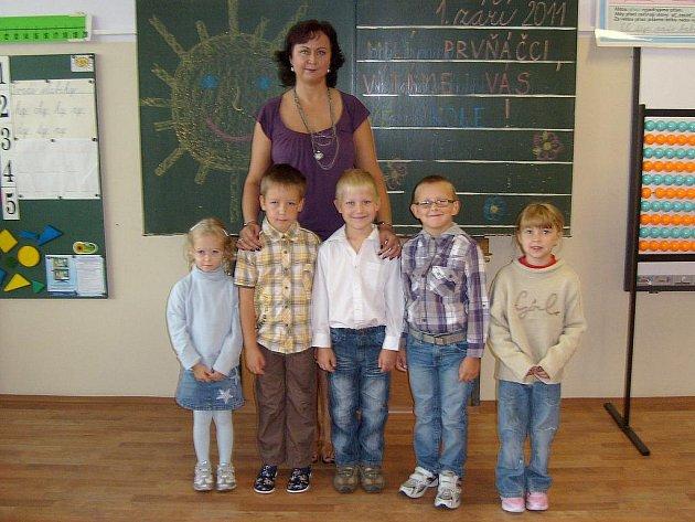 Povinnou školní docházku zahájili také žáci v Lázních Kynžvartu.