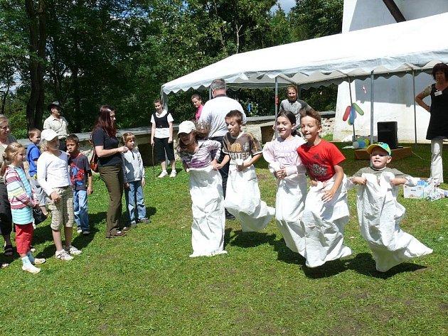 Jarmark na hradě Seeberg nabídl také bohatý program pro děti