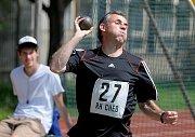 Na atletickém hřišti 1. ZŠ v Chebu na Skalce si dali dostaveníčko hokejisté Lavin Cheb, aby změřili síly v atletickém čtyřboji.