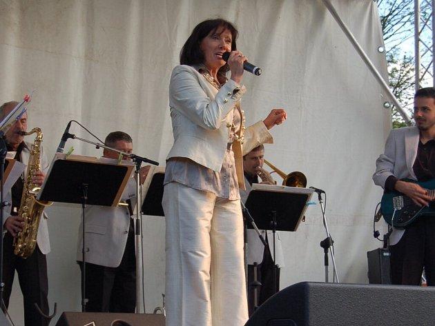 Koncert Marie Rottrové v chebském Poohří