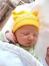 MARTIN SÝKORA se narodil 16. března ve 14.53 mamince Lence a tatínkovi Martinovi z Chebu. Po příchodu na svět v plzeňské FN vážil bráška jedenáctileté Leničky 3800 gramů a měřil 50 cm.