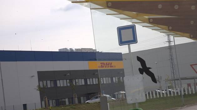 V Chebu funguje i DHL.