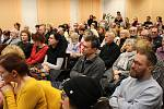 REKORDNÍ množství posluchačů dorazilo do Městské knihovny v Chebu na poslední přednášku o Židech a jejich životě právě na Chebsku.