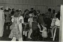V pátečních toulkách za historií se naposledy vydáme do Valů u Mariánských Lázní. Nezapomeňte proto na páteční vydání 27. září a seriál Jak jsme žili v Československu.