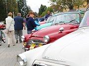 Více než stovka nablýskaných a vyšperkovaných historických vozidel byla k vidění o víkendu ve Františkových Lázních. Konal se zde totiž v pořadí už 7. ročník Veteran Rallye Františkovy Lázně.