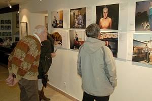 Chebská Galerie G4 hostí novou výstavu s názvem Choice. Ta potrvá až do 2. dubna.