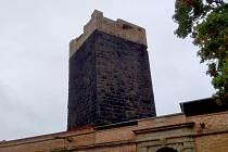 Hrad Cheb má opravená kasemata. V příštím roce bude pokračovat oprava bastionu.