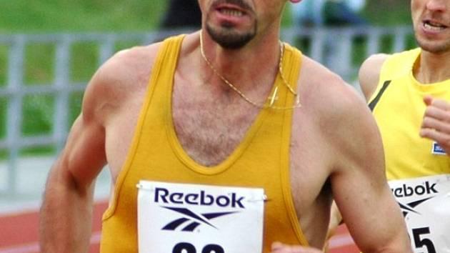 MARIÁNSKOLÁZEŃSKÝ běžec Zdeněk Dúbravčík (na arch. snímku) skončil  v závodě Ligy běžců ve Stříbře na druhém místě.